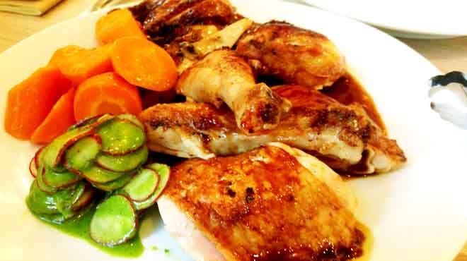 Poulet Rits with Carrots and Radish
