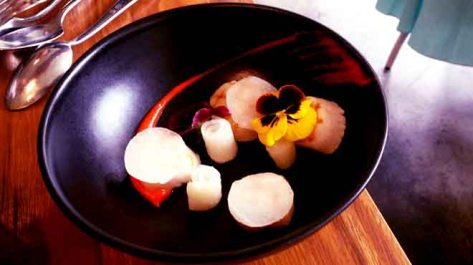 Scallops with Daikon Radish