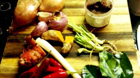 Red Duck Curry Ingredients