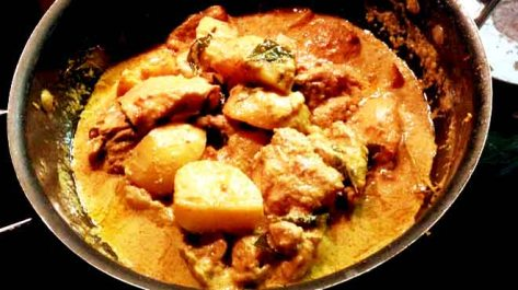 Nonya Chicken Curry Cooking