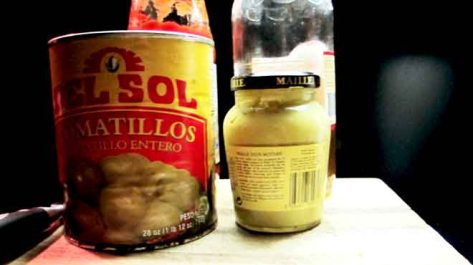 Tinned Tomatillo